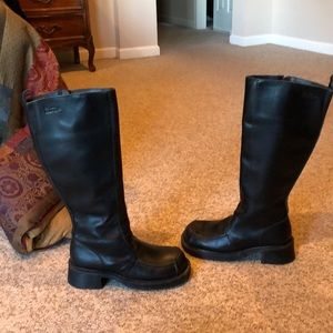 Vtg Dr Martens tall zip up chunky heel tall boots